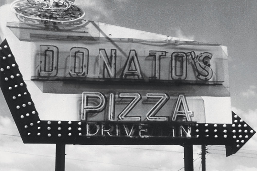Donatos pizza marquee sign