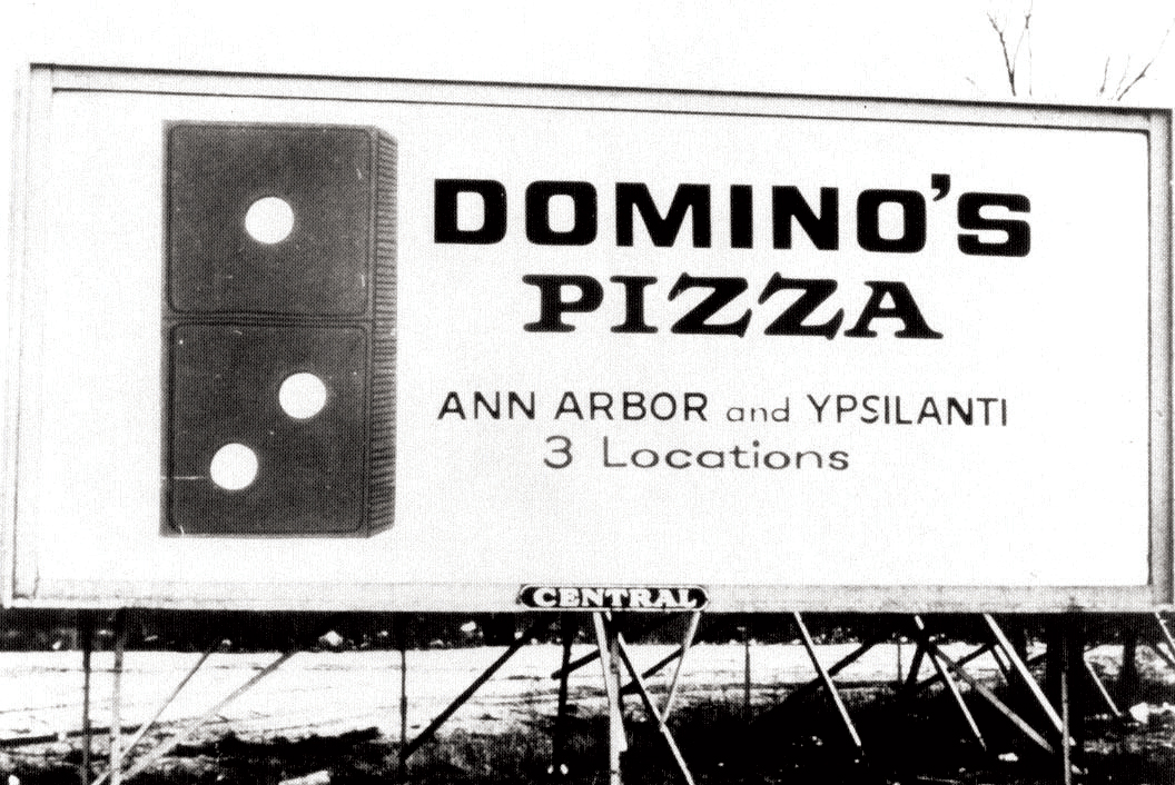 dominos-billboard