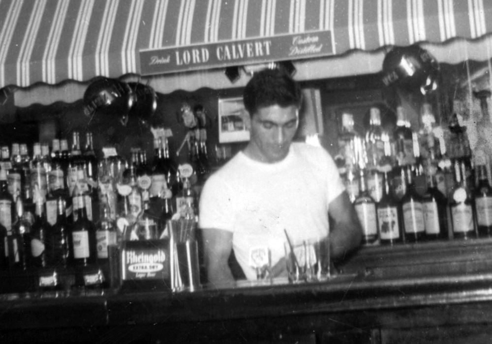 deninos-bar